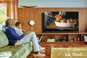 LG ThinQ AI TV Lifestyle 02.jpg